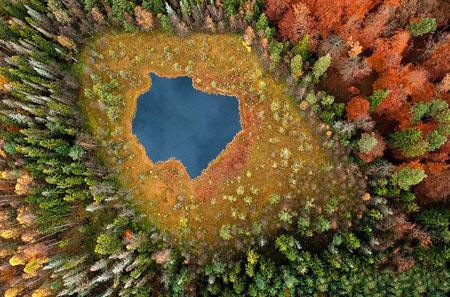 مناظر جالب و دیدنی از دریاچه ای در لهستان