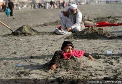 خرافات عجیب و غریب میان مردم پاکستان (عکس)