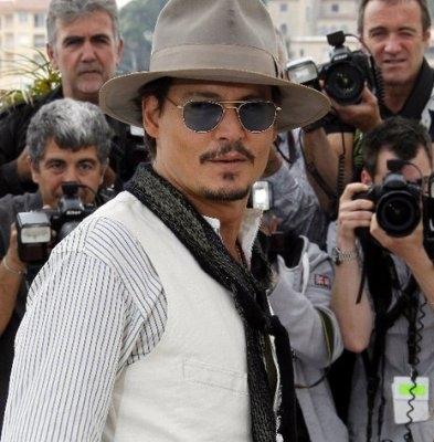 عکس های جانی دپ در جشنواره فیلم کن