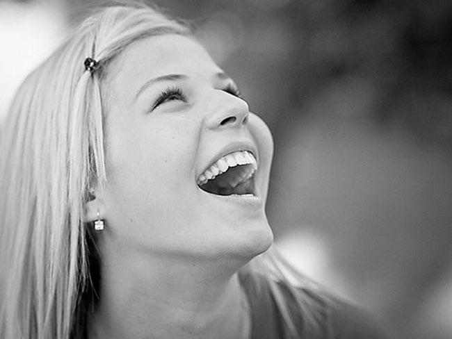 عکس خنده و شادی انسان ها