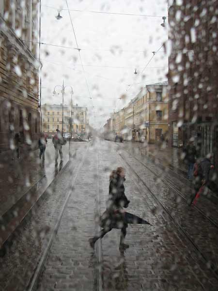 عکس های عاشقانه زیر باران