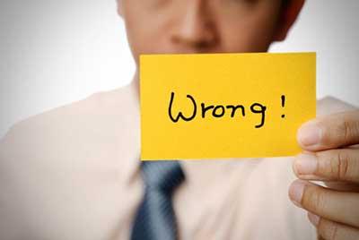 چرا گاهی اوقات به سختی تصمیم میگیریم ؟