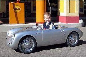 عکس ماشین پسر دیوید بكام