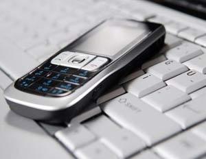 به جای صحبت با موبایل از کامپیوتر استفاده کنید