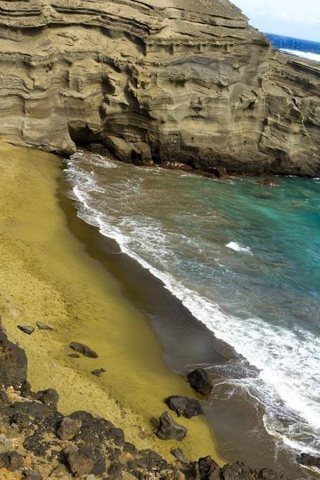 تصاویر ساحل سبز و آبی رنگ در هاوایی