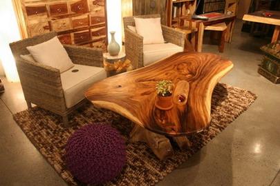 آموزش پاک کردن گردو غبار روی میزهای چوبی بدون روکش