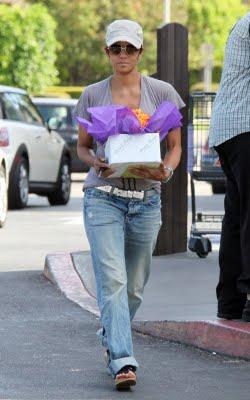 عکس های خوش هیکل ترین زن هالیوود