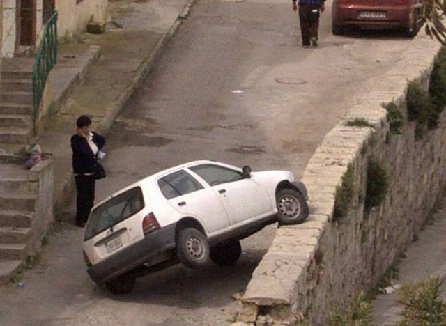 عکس های خنده دار از شاهکارهای رانندگی خانوم ها