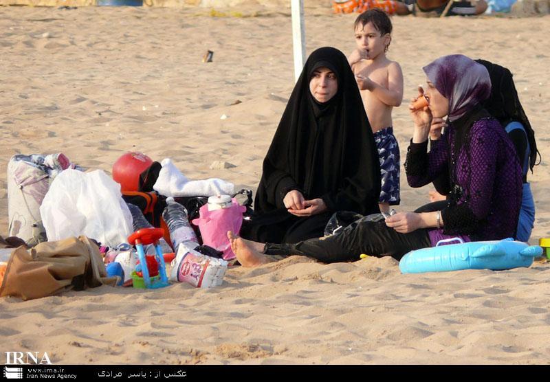 عکس های شنای زنان لبنانی در سواحل دریا