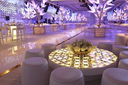 مدل های دکوراسیون مجلل تالارهای عروسی