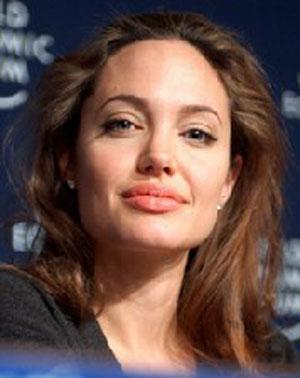 بیوگرافی آنجلینا جولی