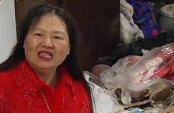 تصاویر زندگی کثیف ترین زن دنیا