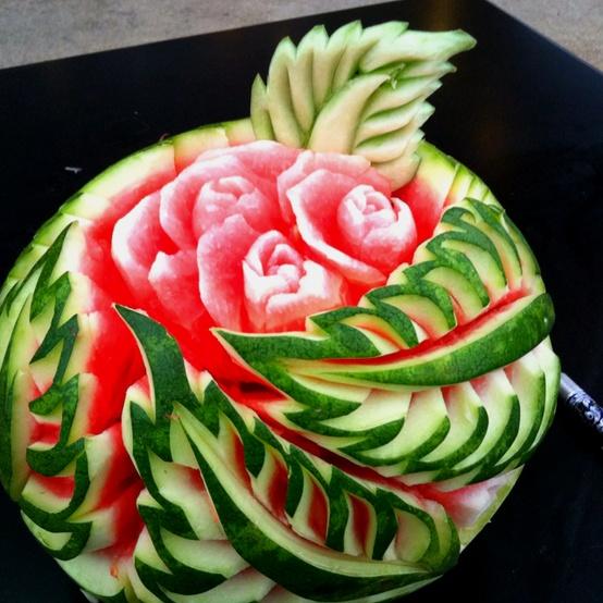 تزیین زیبای هندوانه شب چله یا شب یلدا