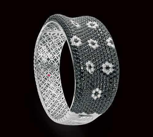 زیباترین مدل جواهرات برند با نگین های گران قیمت