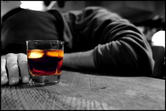 خطرات اعتیاد به الکل چیست ؟
