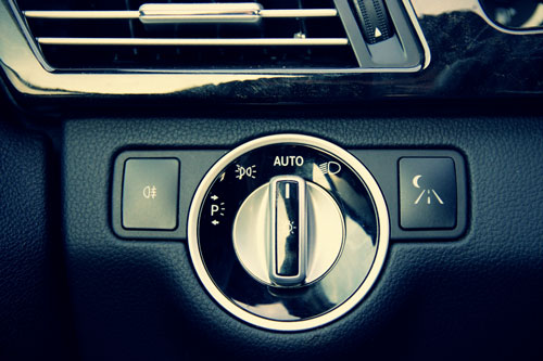 مشخصات خودرو مرسدسبنز E300