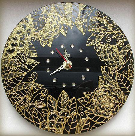 نمونه هایی از ساعت های دیواری بسیار زیبا