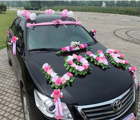 تصاویر جدیدترین مدل های گل آرایی ماشین عروس