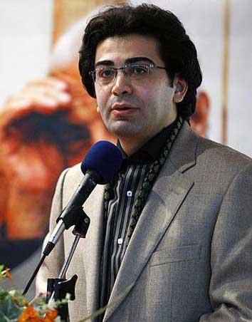 بیوگرافی فرزاد حسني