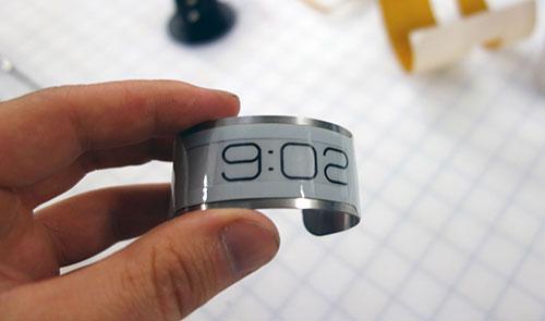 نازک ترین ساعت مچی دنیا (عکس)