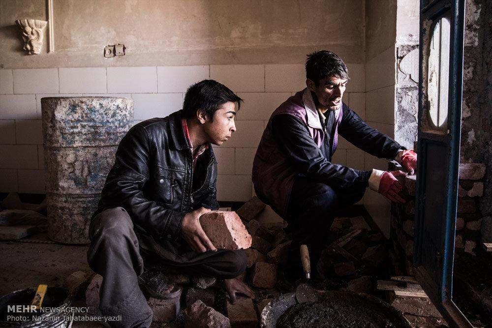 زندگی زن و شوهر ۱۳ ساله کرمانی + تصاویر