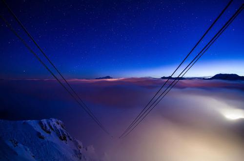 هتلی زیبا در بین زمین و آسمان + تصاویر