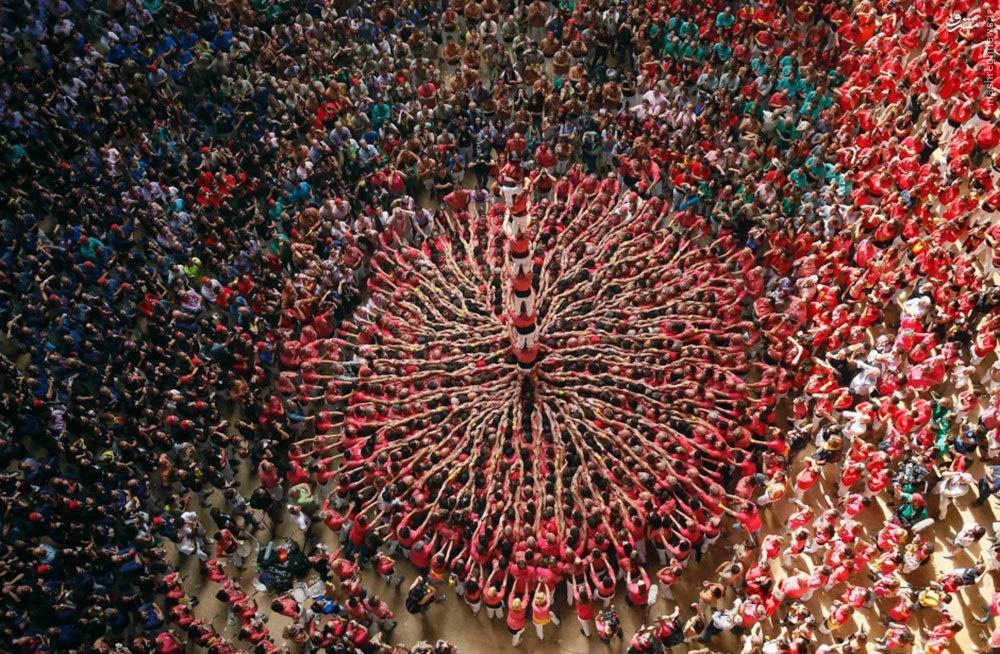 جشن سنتی هیجان انگیز در اسپانیا