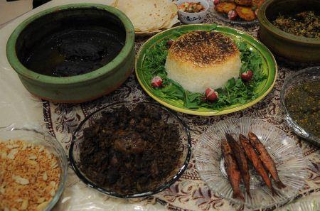 عکس های دیدنی از فستیوال غذاهای محلی در رشت