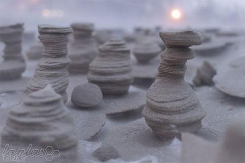 مجسمه های بی نظیر شنی با هنرنمایی باد (عکس)