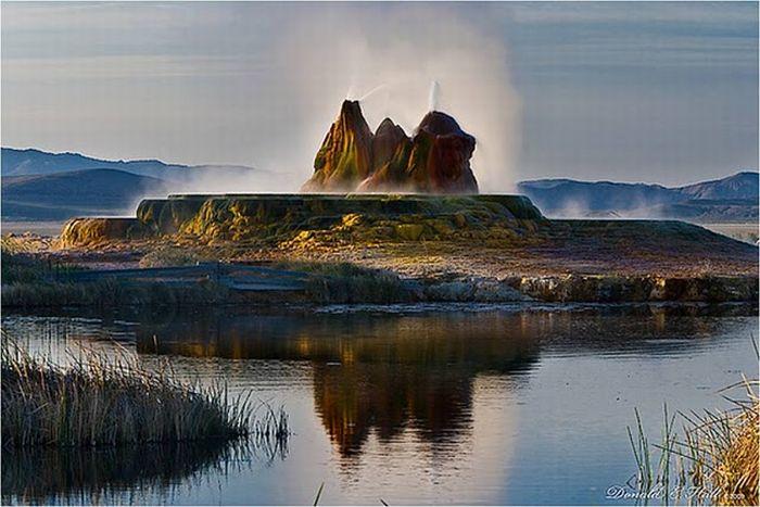 تصاویر شگفت انگیز از چشمه های آب گرم