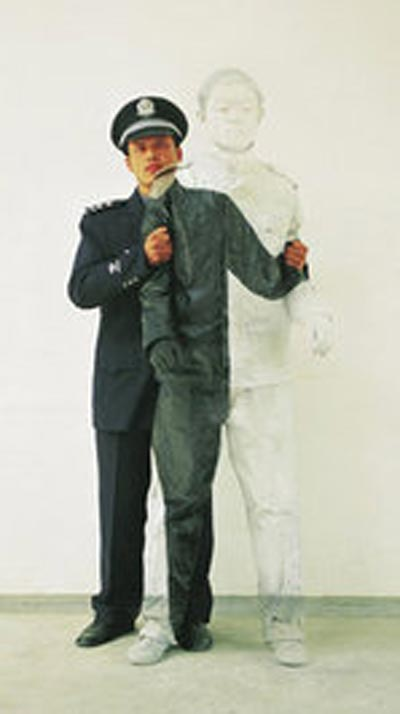 هنرمند چینی ملقب به مرد نامرئی + تصاویر