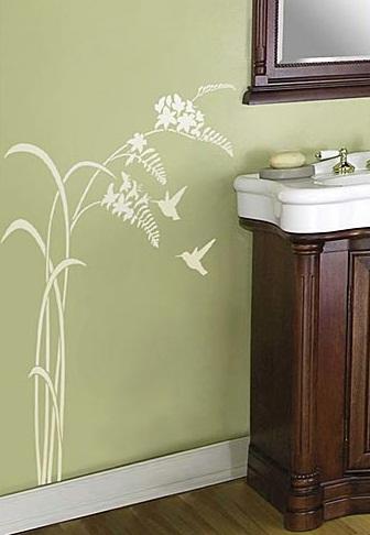 تزئین دیوارهای خالی با تکنیک استنسیل