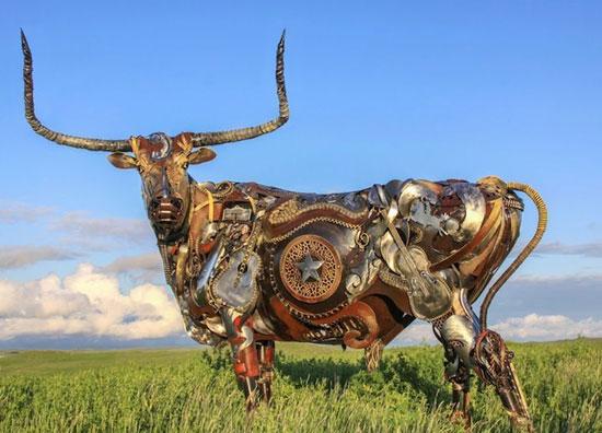 مجسمه های خیره کننده با ضایعات آهن آلات