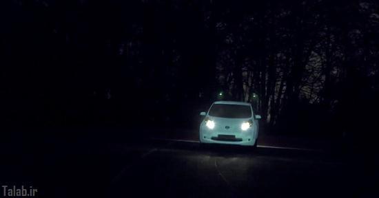 با این ماشین شب ها در خیابان بدرخشید