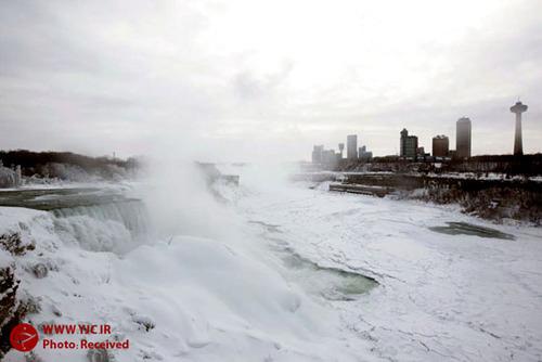 آبشار نیاگارا از سرما یخ زد (عکس)