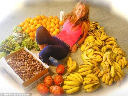 دختری که برای زیبایی روزی 50 تا موز می خورد