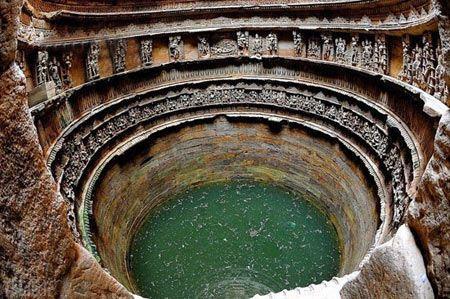 تصاویر بزرگترین آب انبار دنیا در هند