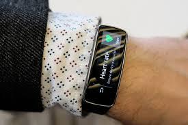 دست بند هوشمند سونی پزشک روباتی
