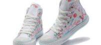 مدل های جدید و شیک کفش کتانی پسرانه و دخترانه