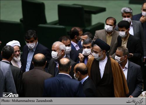 حضور اعتراضی نمایندگان مجلس با ماسک در مجلس