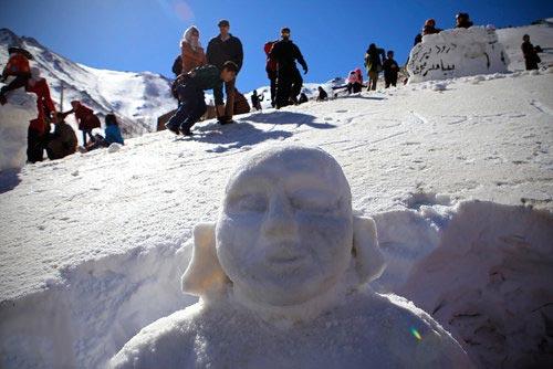 عکس های دیدنی از جشنواره آدم برفی در همدان