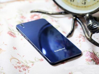 نازک ترین گوشی دنیا را ببینید !+ عکس
