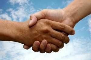 شناخت شخصيت افراد از روي حرکات دست ها