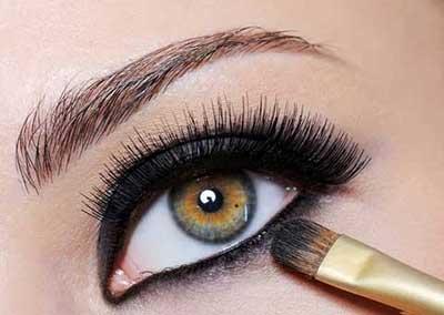 روش برجسته کردن چشم ها در آرایش !