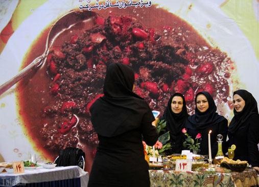 یک فستیوال خوشمزه در متروی تهران (عکس)