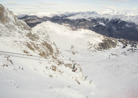 اقامت در زمین و هوا روی کوه های آلپ + عکس