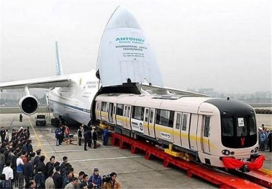 غول پیکر ترین هواپیمای جهان + عکس
