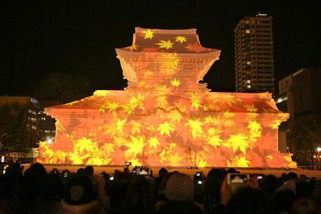 تصاویر جشنواره بسیار زیبای آتش و یخ در ژاپن