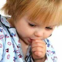 عوارض و درمان مکیدن انگشت در کودک