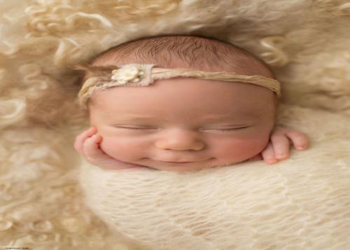 عکس های بامزه از لبخند نی نی های ناز